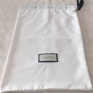 Gucci dust bag in pair
